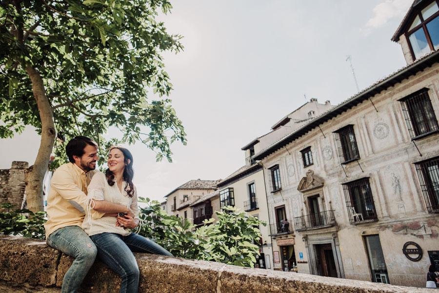 Pre Boda Fátima y Pablo. Sesión Fotográfica en el Albaicin, Granada. Por Fran Ménez Fotógrafo de Bodas 1