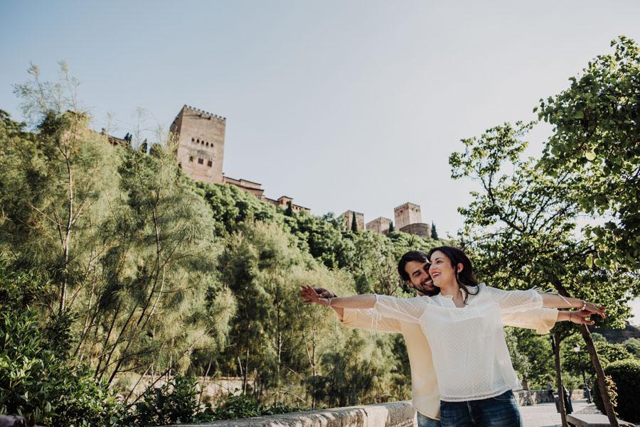 Pre Boda Fátima y Pablo. Sesión Fotográfica en el Albaicin, Granada. Por Fran Ménez Fotógrafo de Bodas 11