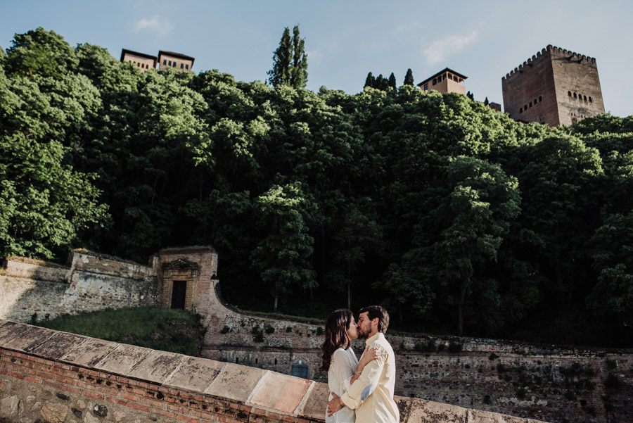 Pre Boda Fátima y Pablo. Sesión Fotográfica en el Albaicin, Granada. Por Fran Ménez Fotógrafo de Bodas 12