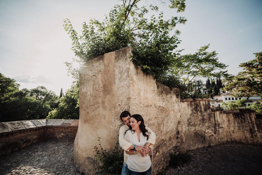 Pre Boda Fátima y Pablo. Sesión Fotográfica en el Albaicin, Granada. Por Fran Ménez Fotógrafo de Bodas 14