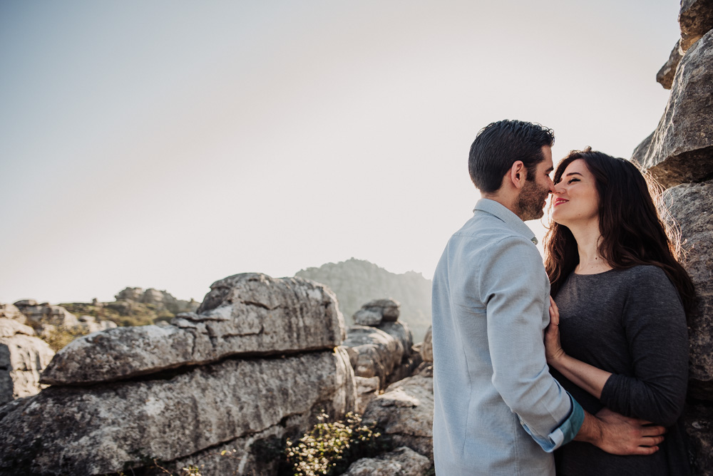 Pre Boda Lorena y Victor en Torcal de Antequera. Fran Menez Fotografo de Bodas en Malaga 5