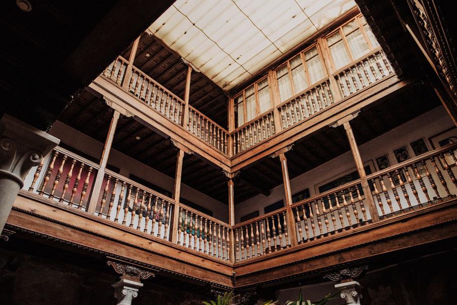 Fotografias-de-Boda-Civil-en-el-Palacio-de-los-Cordova.-Fran-Menez-Fotógrafo-de-Bodas-en-Granada-1