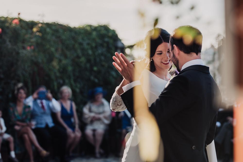 Boda-en-Santa-Ana-y-Carmen-de-los-Chapiteles.-Fran-Menez-Fotografos-de-boda-en-Granada-103