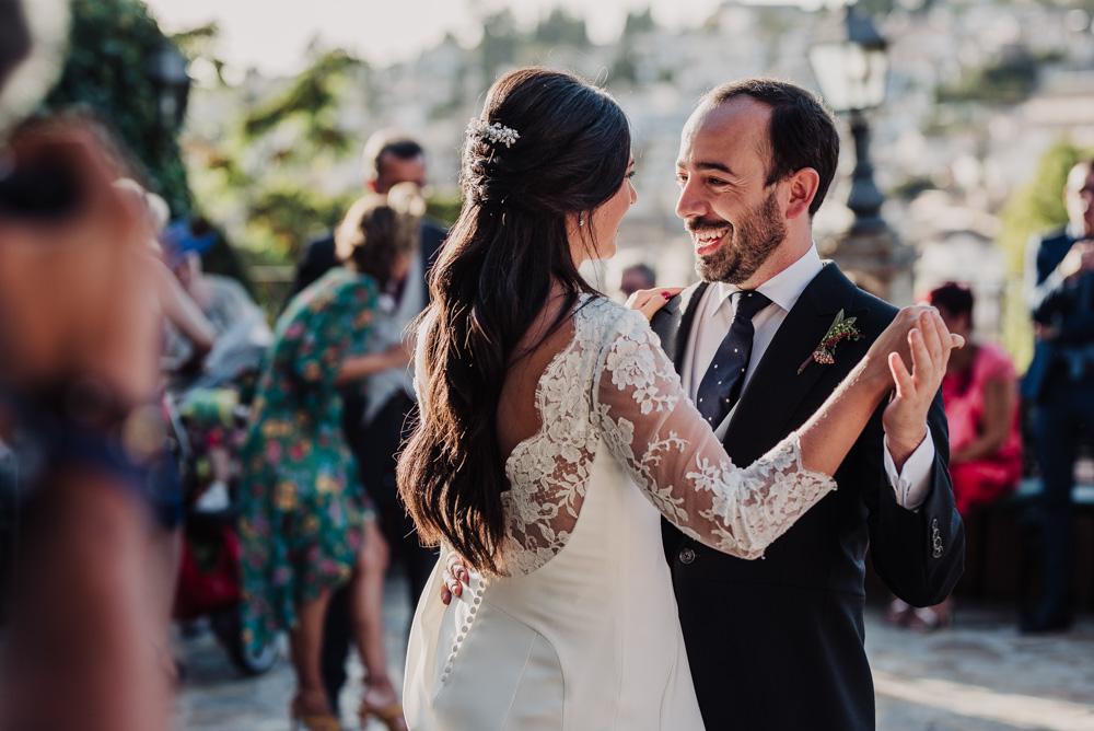 Boda-en-Santa-Ana-y-Carmen-de-los-Chapiteles.-Fran-Menez-Fotografos-de-boda-en-Granada-106