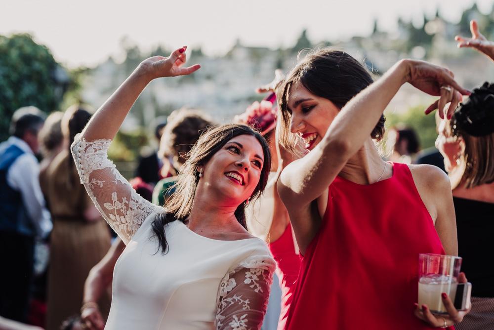 Boda-en-Santa-Ana-y-Carmen-de-los-Chapiteles.-Fran-Menez-Fotografos-de-boda-en-Granada-112