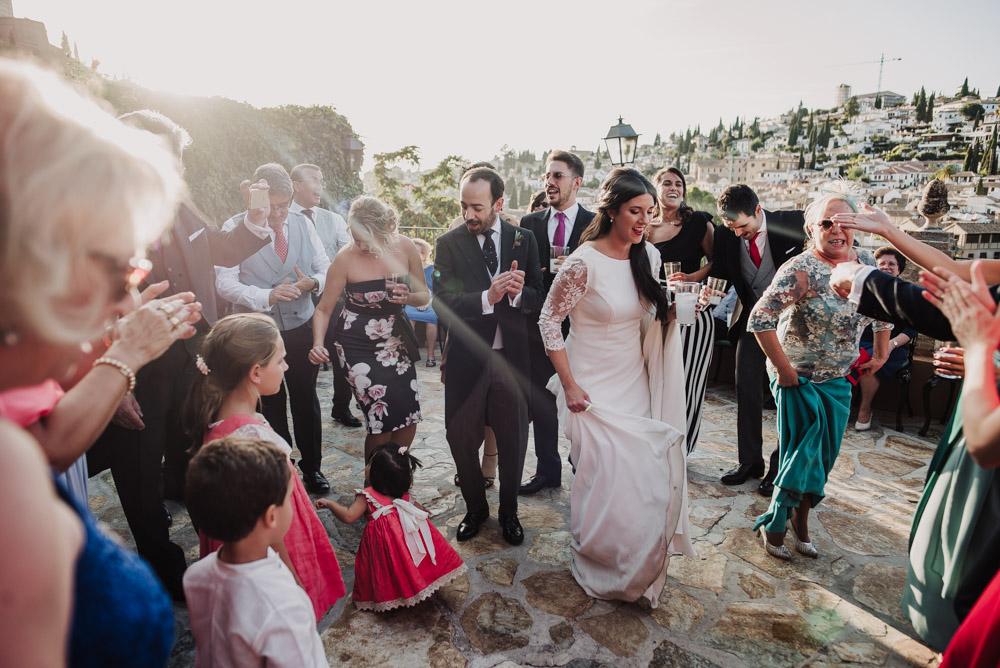 Boda-en-Santa-Ana-y-Carmen-de-los-Chapiteles.-Fran-Menez-Fotografos-de-boda-en-Granada-116