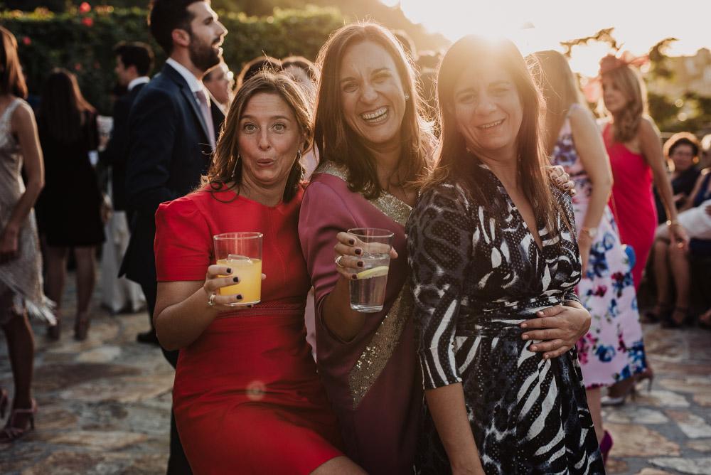 Boda-en-Santa-Ana-y-Carmen-de-los-Chapiteles.-Fran-Menez-Fotografos-de-boda-en-Granada-123