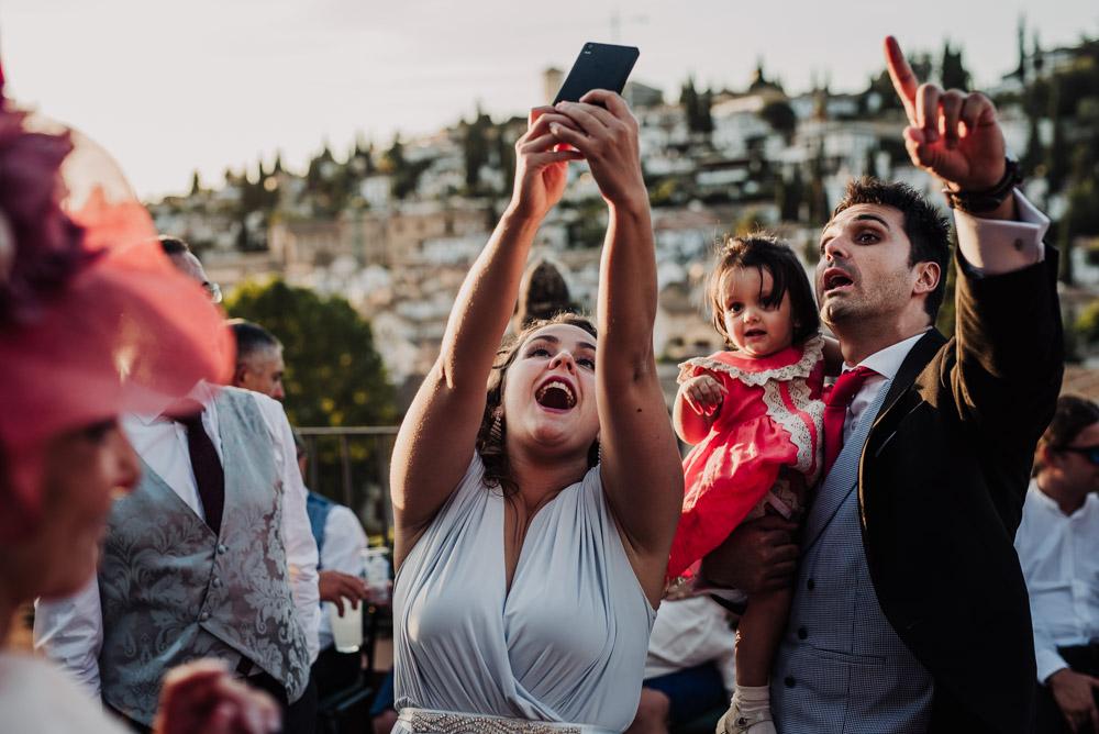 Boda-en-Santa-Ana-y-Carmen-de-los-Chapiteles.-Fran-Menez-Fotografos-de-boda-en-Granada-124
