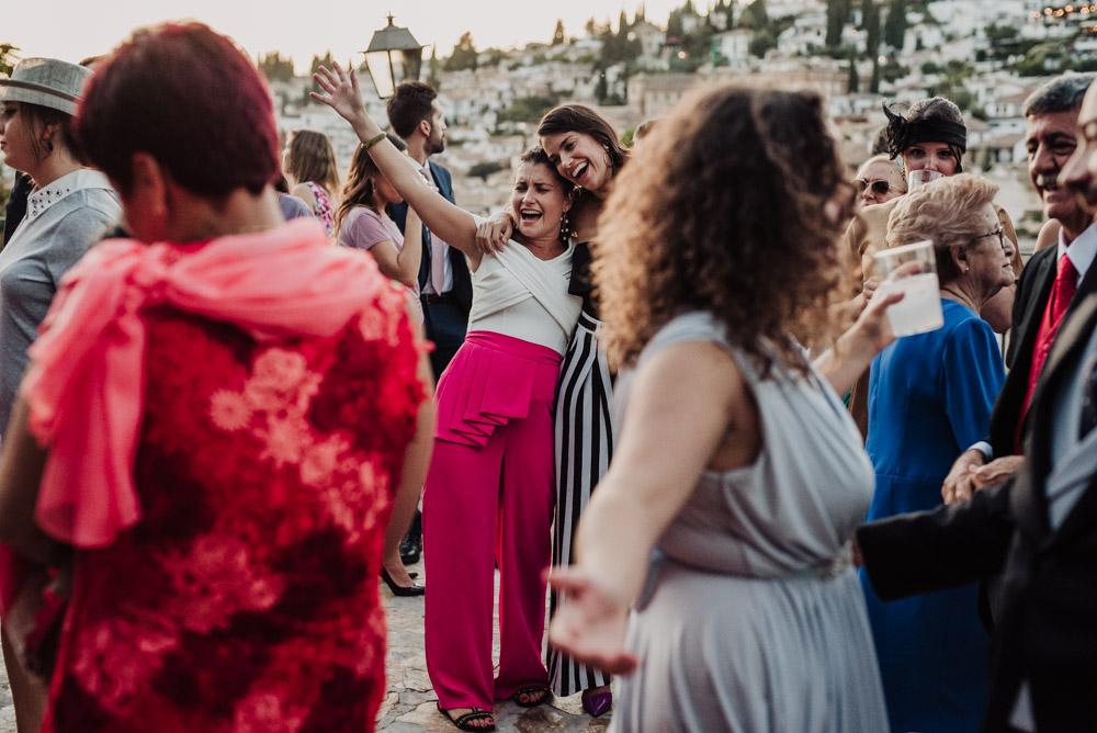 Boda-en-Santa-Ana-y-Carmen-de-los-Chapiteles.-Fran-Menez-Fotografos-de-boda-en-Granada-130
