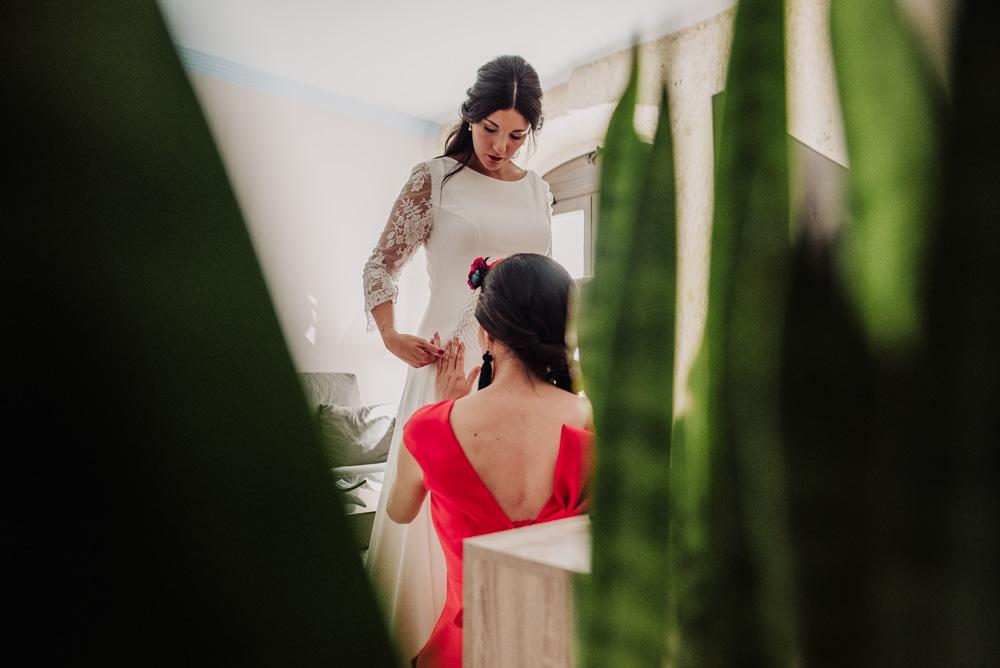 Boda-en-Santa-Ana-y-Carmen-de-los-Chapiteles.-Fran-Menez-Fotografos-de-boda-en-Granada-23