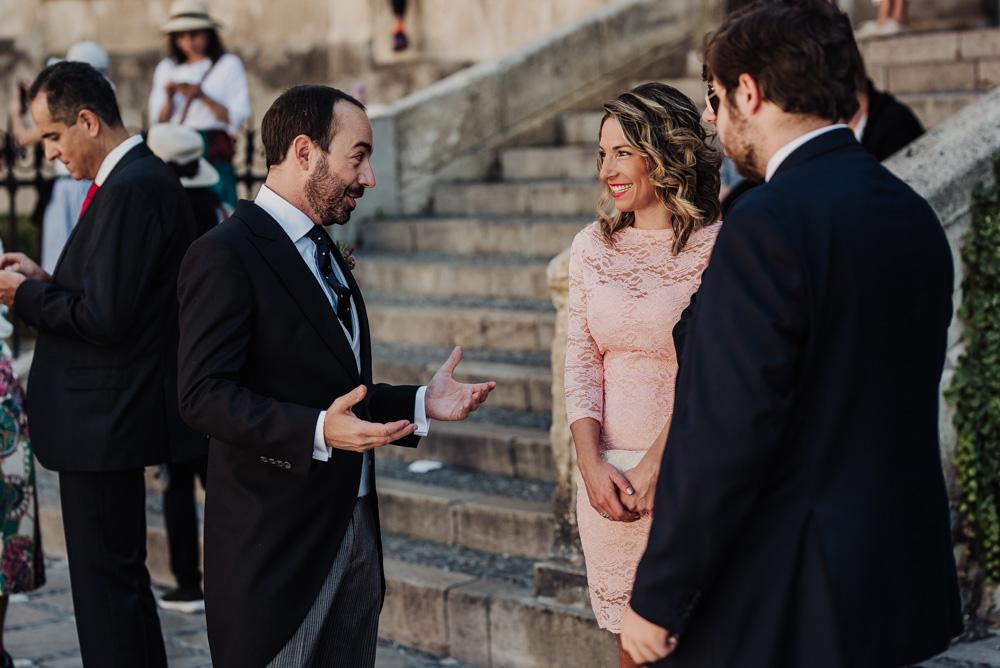 Boda-en-Santa-Ana-y-Carmen-de-los-Chapiteles.-Fran-Menez-Fotografos-de-boda-en-Granada-34