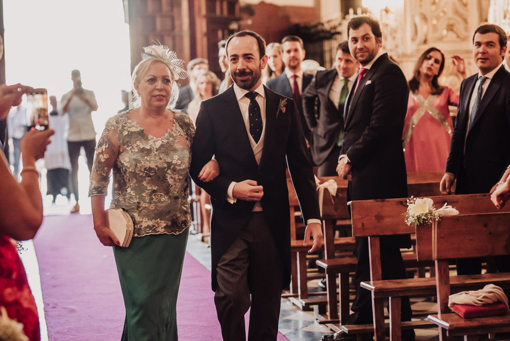Boda-en-Santa-Ana-y-Carmen-de-los-Chapiteles.-Fran-Menez-Fotografos-de-boda-en-Granada-38