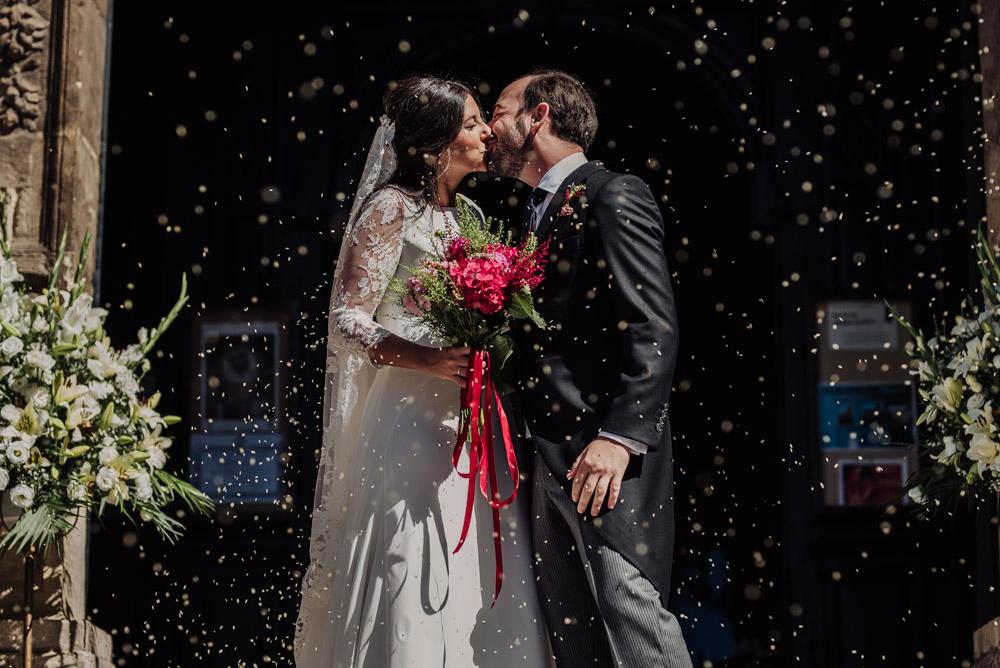 Boda-en-Santa-Ana-y-Carmen-de-los-Chapiteles.-Fran-Menez-Fotografos-de-boda-en-Granada-53