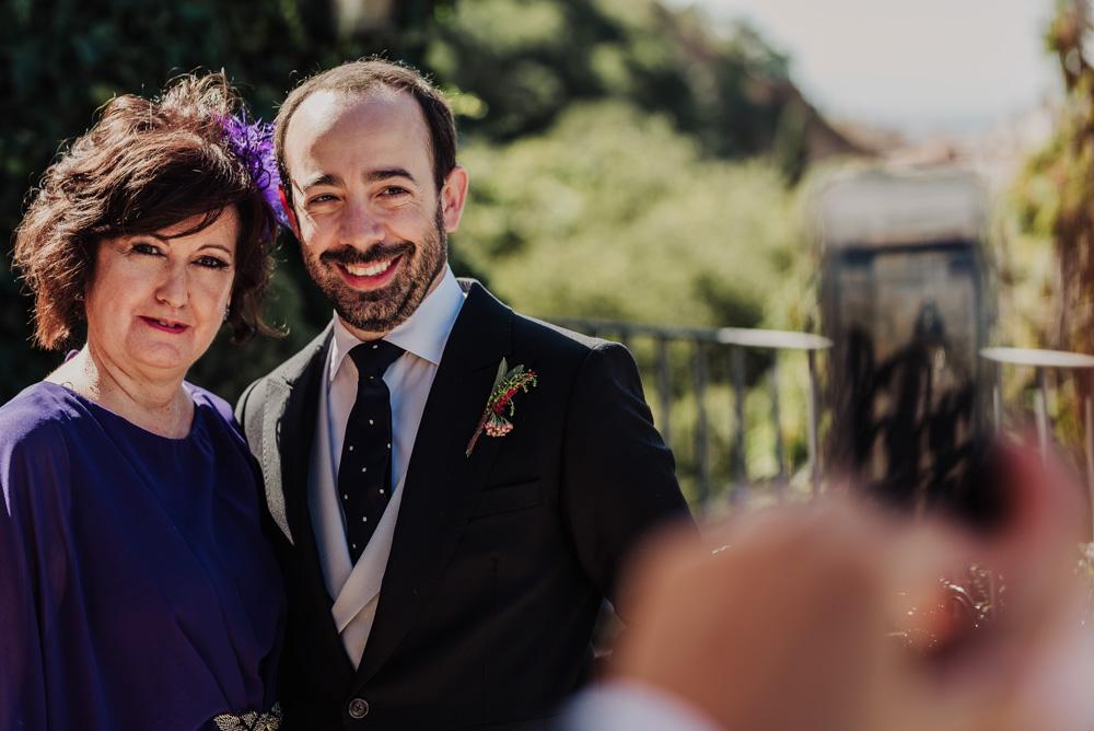 Boda-en-Santa-Ana-y-Carmen-de-los-Chapiteles.-Fran-Menez-Fotografos-de-boda-en-Granada-72