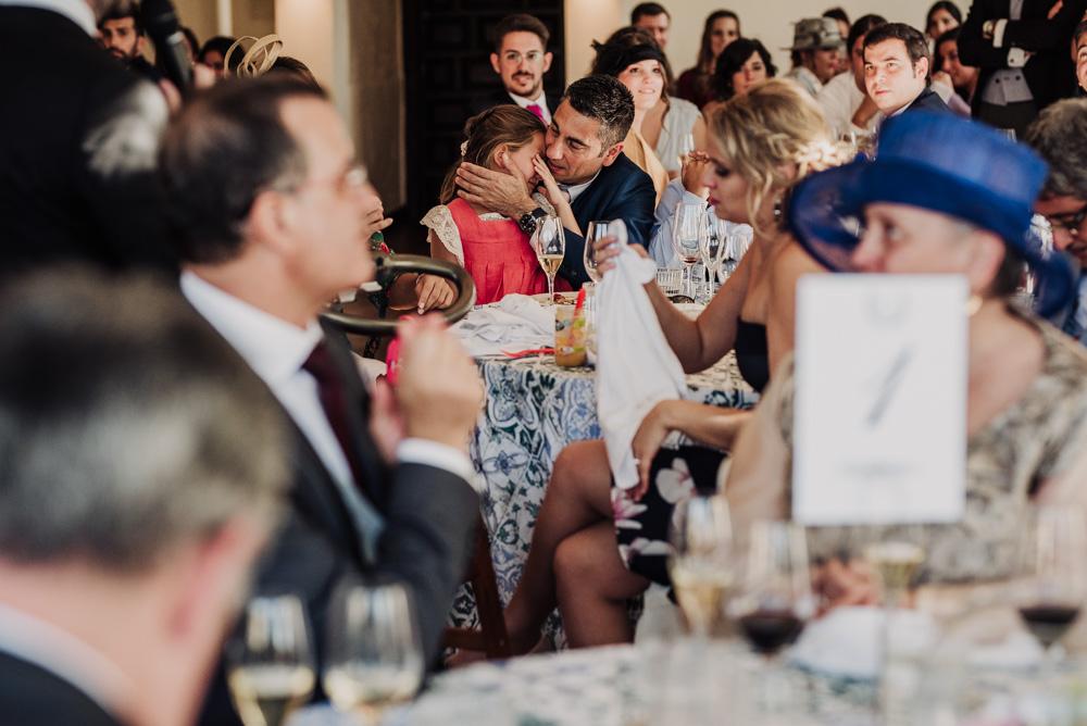 Boda-en-Santa-Ana-y-Carmen-de-los-Chapiteles.-Fran-Menez-Fotografos-de-boda-en-Granada-91