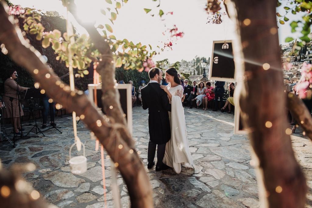 Boda en Santa Ana y Carmen de los Chapiteles. Fran Menez Fotografos de boda en Granada Destacada