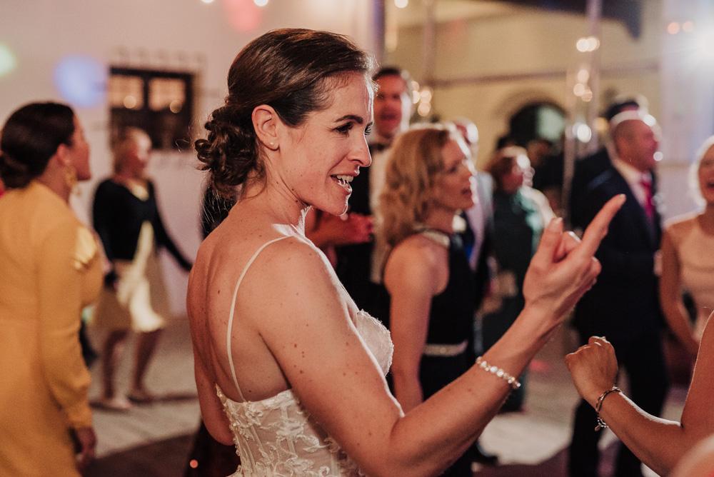 Boda-en-el-Cortijo-Alameda.-Miriam-y-Hanno.-Fotografías-de-boda-en-el-Cortijo-Alameda.-Por-Fran-Menez-Fotografo-127