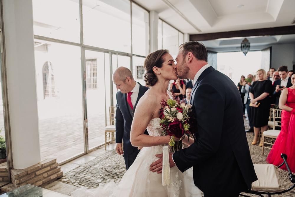 Boda-en-el-Cortijo-Alameda.-Miriam-y-Hanno.-Fotografías-de-boda-en-el-Cortijo-Alameda.-Por-Fran-Menez-Fotografo-55