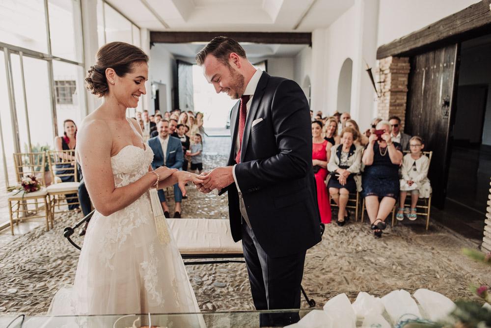 Boda-en-el-Cortijo-Alameda.-Miriam-y-Hanno.-Fotografías-de-boda-en-el-Cortijo-Alameda.-Por-Fran-Menez-Fotografo-71