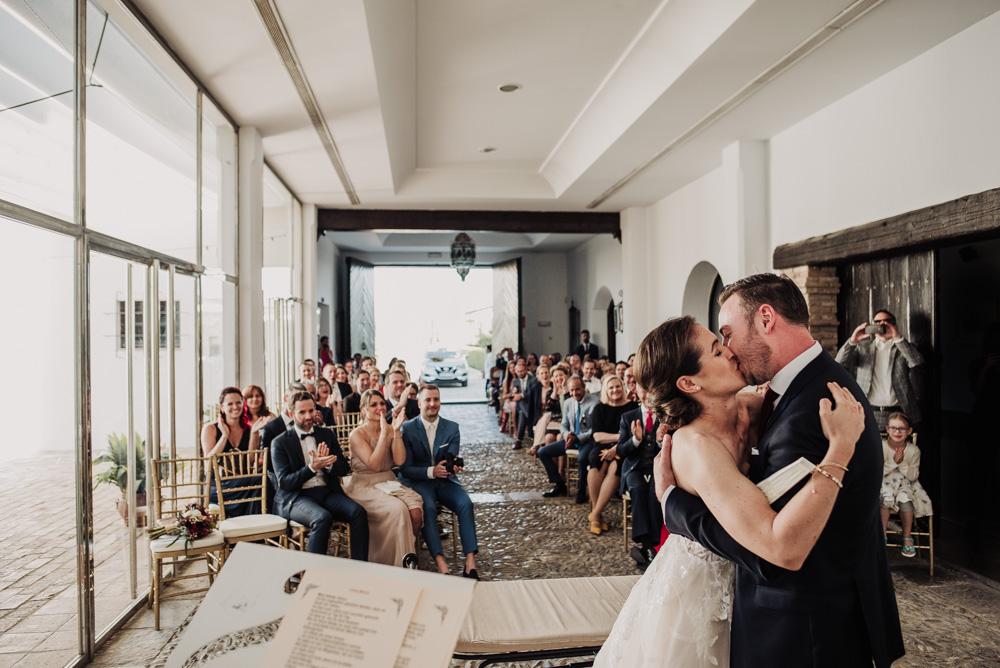 Boda-en-el-Cortijo-Alameda.-Miriam-y-Hanno.-Fotografías-de-boda-en-el-Cortijo-Alameda.-Por-Fran-Menez-Fotografo-73