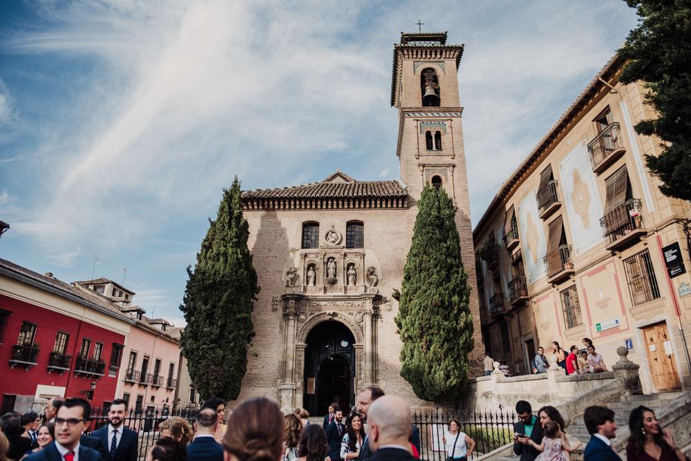 Boda-en-la-Iglesia-de-Santa-Ana-y-en-el-Carmen-de-los-Chapiteles.-Blanca-y-Javi.-Fran-Menez-Fotografo-Bodas-Granada-12