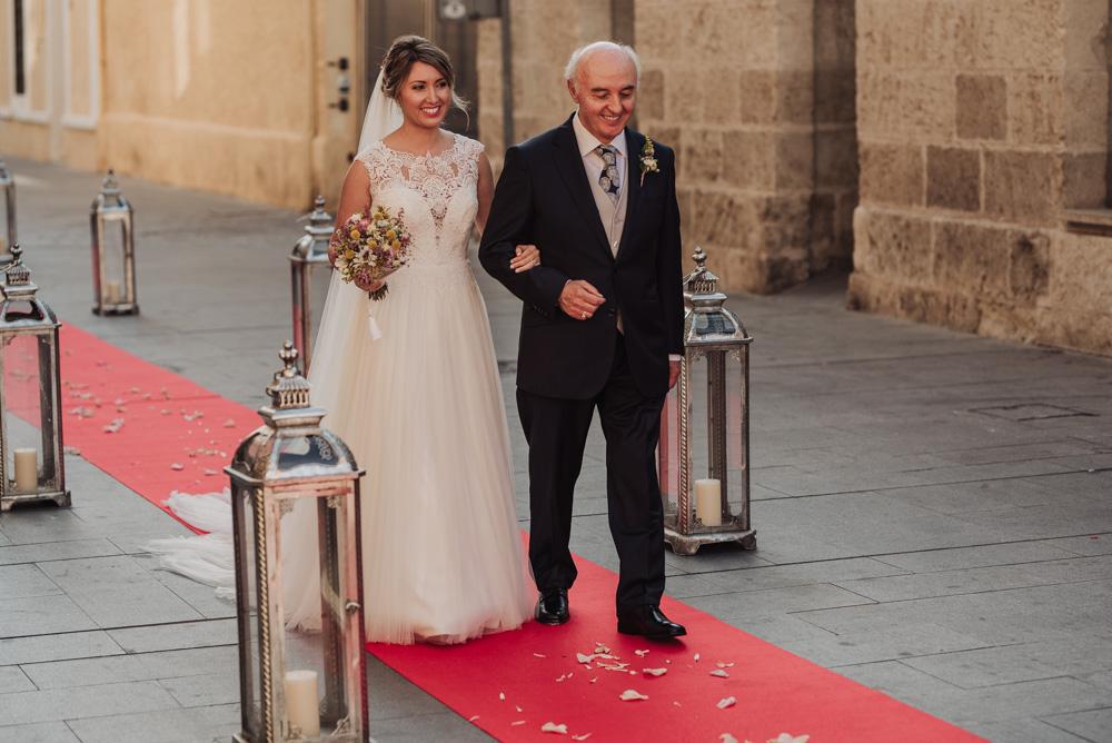 Boda-en-Parroquia-San-Juan-Evangelista-y-Restaurante-Casa-Rafael-Almería.-Fotografo-de-bodas-en-Almería-37