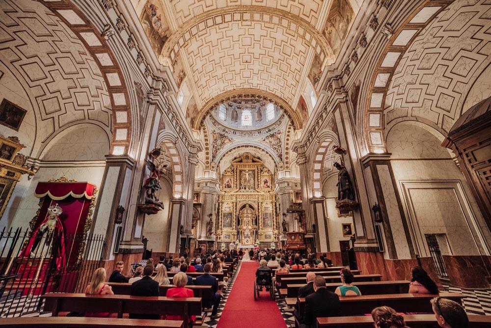 Boda-en-San-Justo-y-Pastor.-Boda-en-el-Cortijo-de-la-Alameda.-Nuria-y-Jose-Miguel.-Fran-Menez-Fotografo-de-Bodas-Granada-31